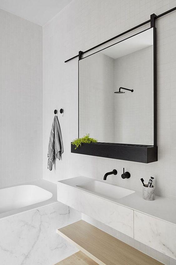 badkamer met hout, staal en marmer – dees.