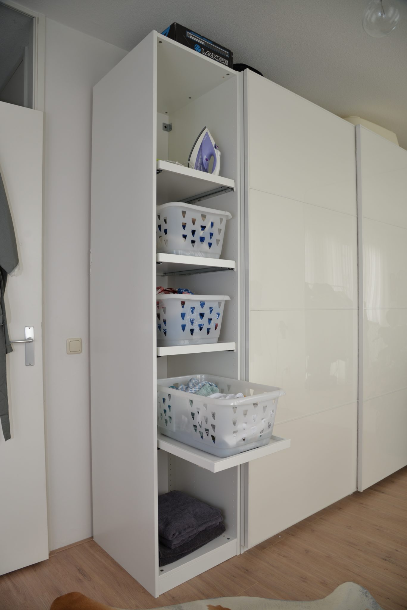 DIY was sorteren in Ikea Pax-kast
