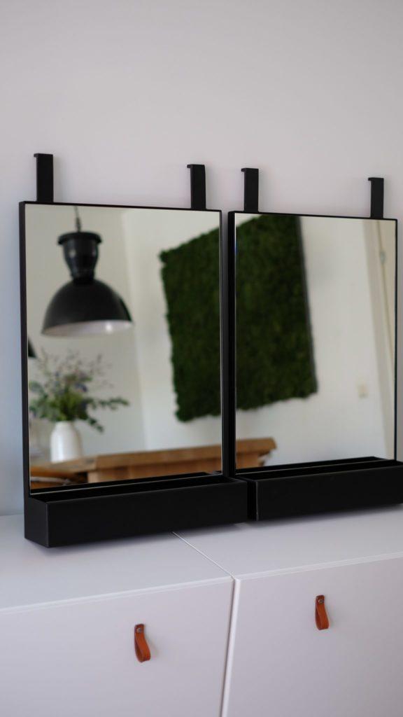 Spiegel met bakje