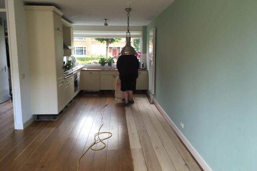 Opschuren houten vloer Harderwijk