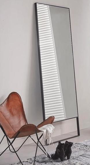 Spiegel met open frame