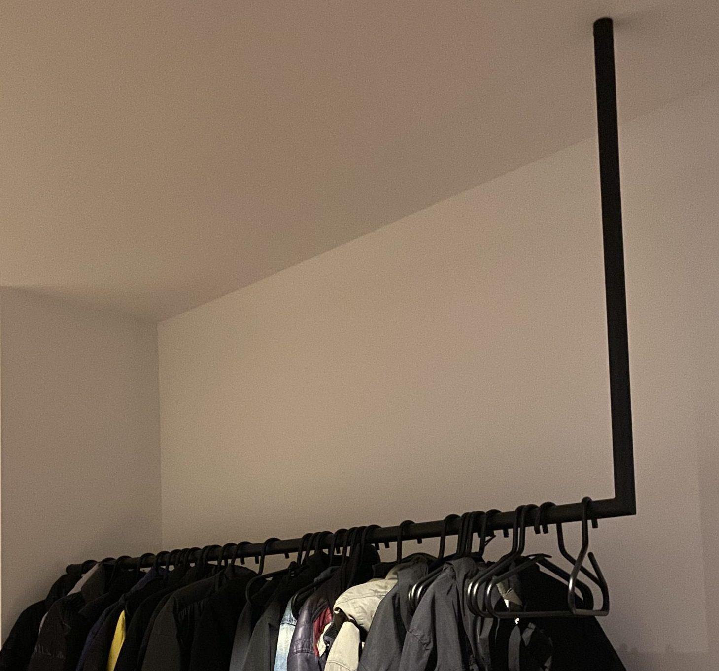 Kapstok rond minimalistisch