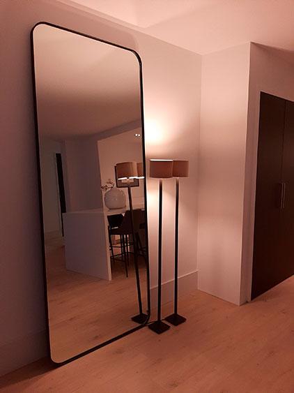 Zwarte spiegel, ronde hoeken