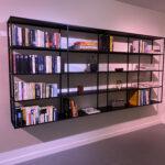 Open stalen boekenkast op maat gemaakt