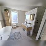 Badkamerspiegel staal met ronde hoeken metrotegels