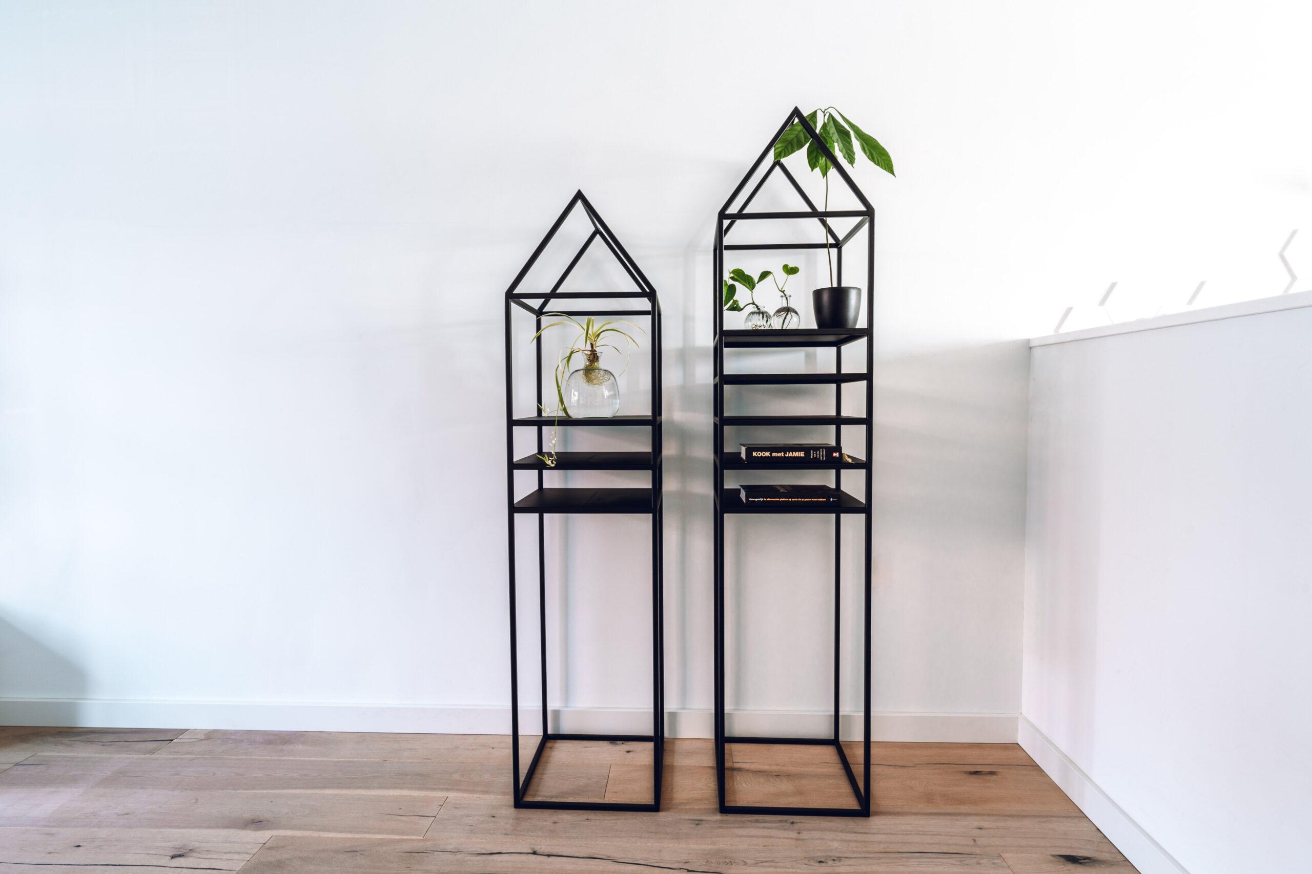 stalen display huis huisje matzwart open frame